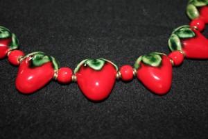 Strawberry Kazuuri beads, Kenya