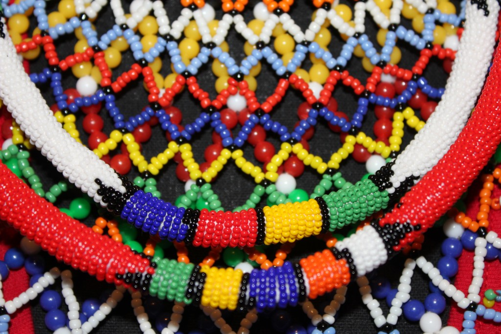 how to make african necklaces